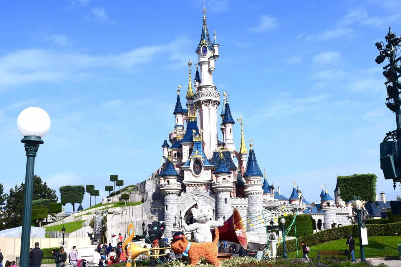 Amazing view of the castle at Disneyland Paris