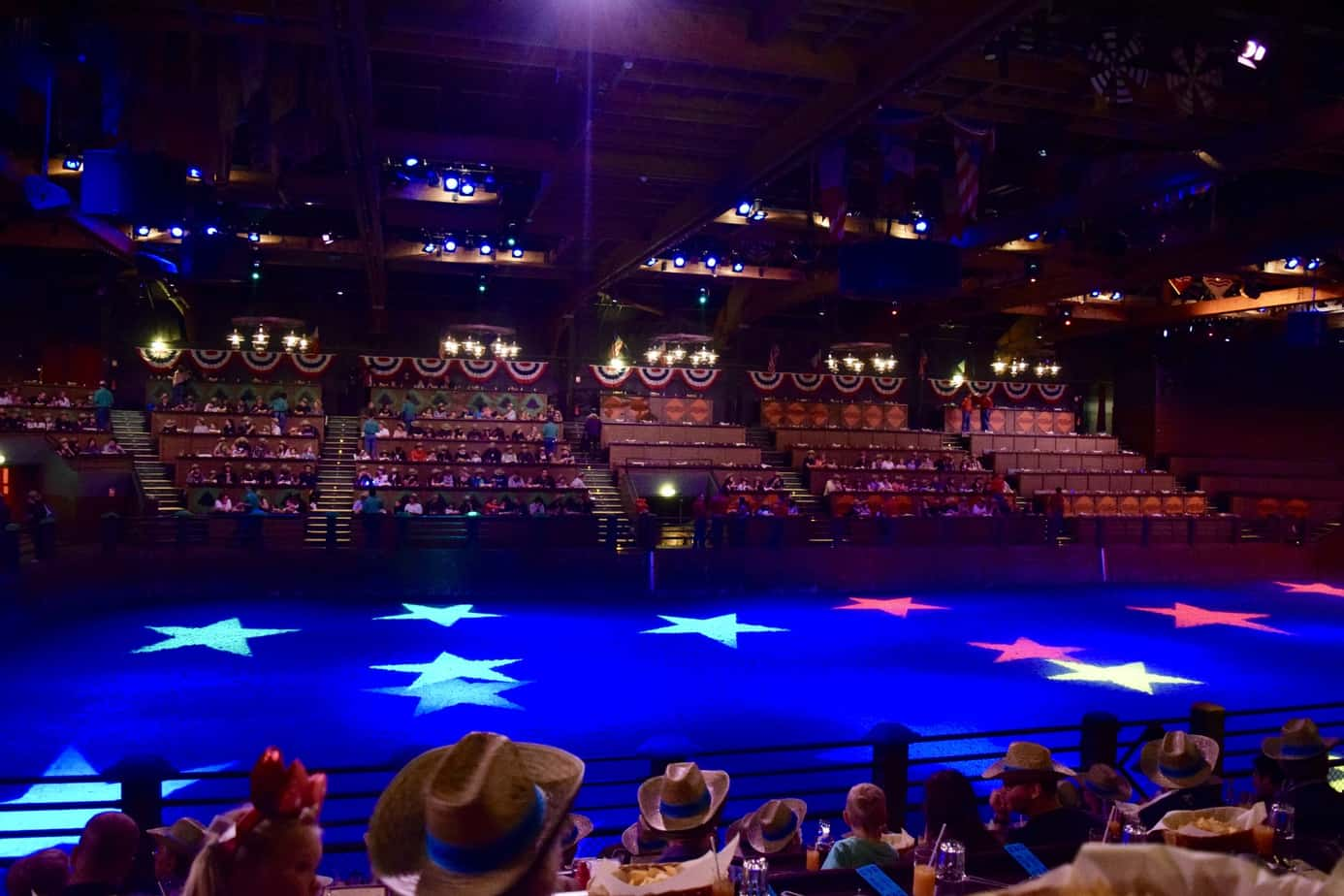 The 2000 seated arena for the buffalo bill's wild west show