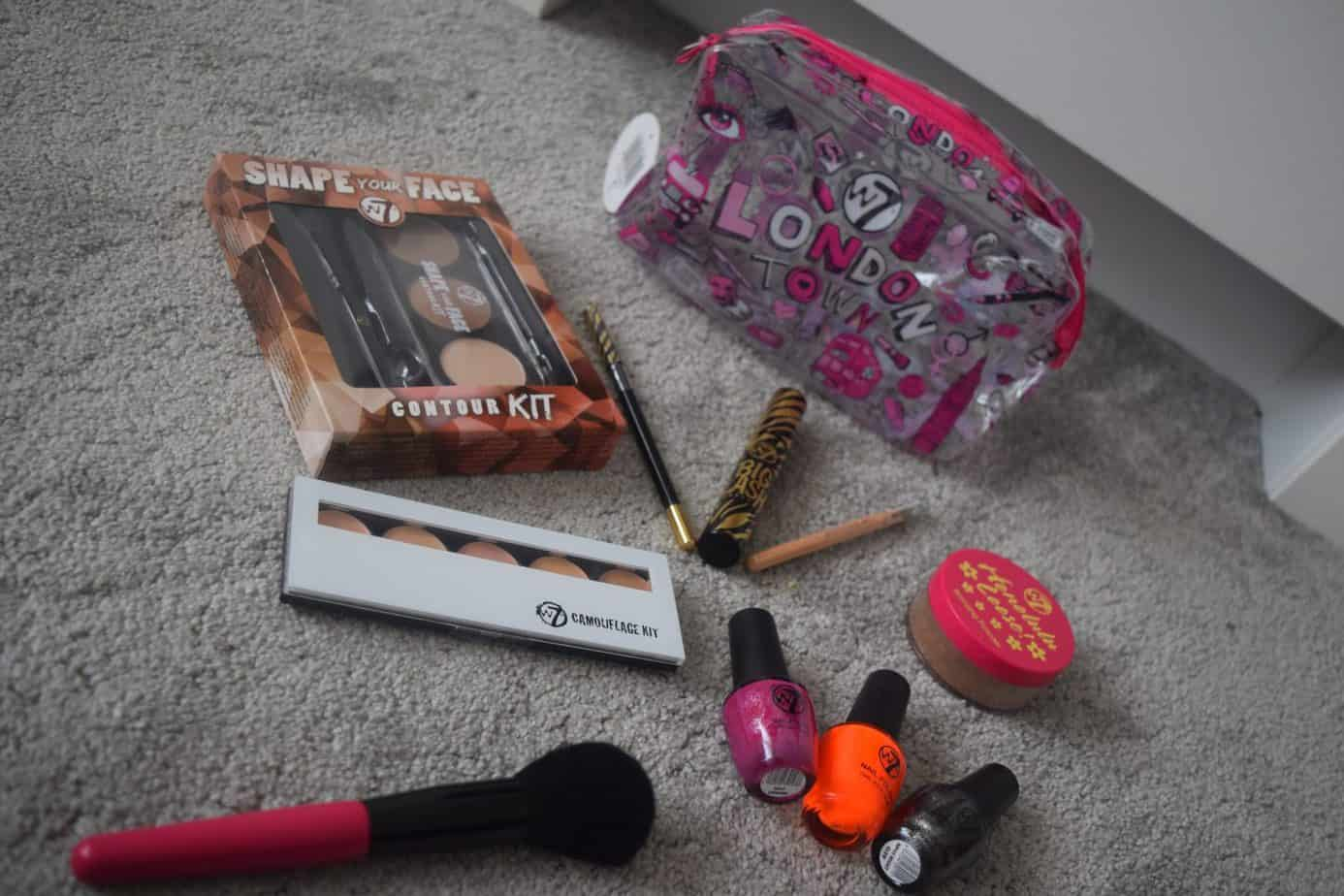 Items in my gifted good bag of W7 products, including concealer, poweder, mascara