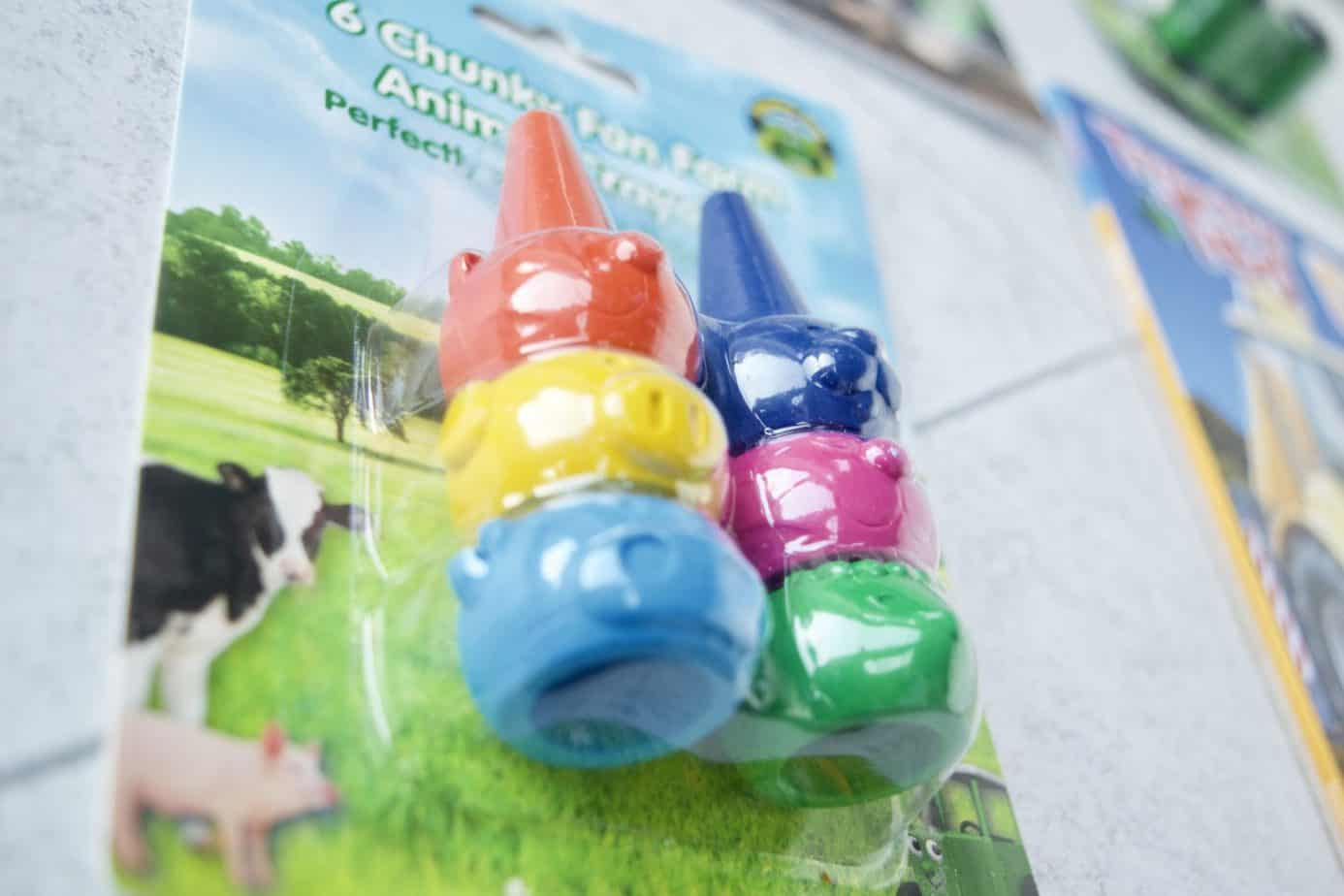 A pack of 6 tractor ted chunky crayons