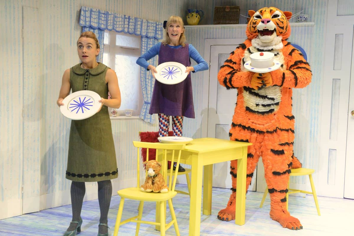 Sophie, Mum and Tiger from the production The Tiger who came to Tea Review