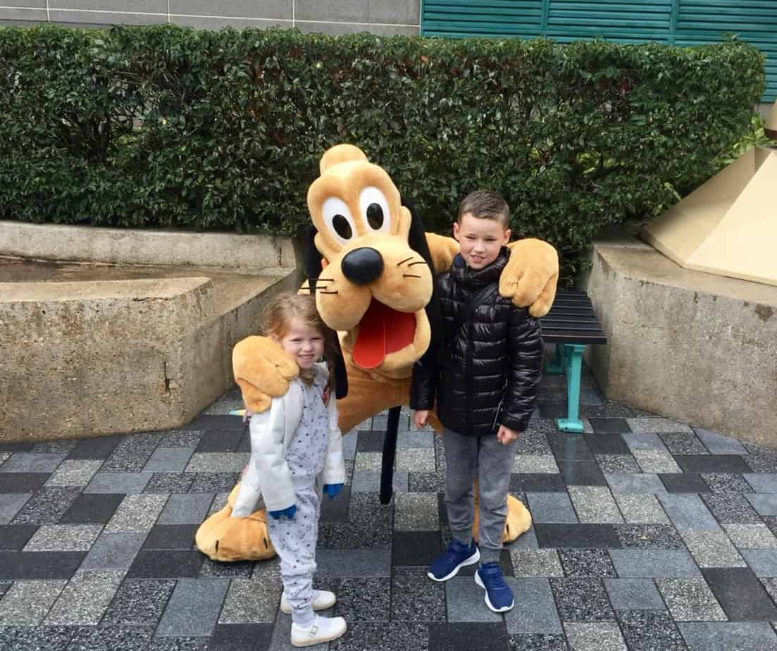 Mr B and Miss W meeting and unscheduled Pluto at Disneyland Paris