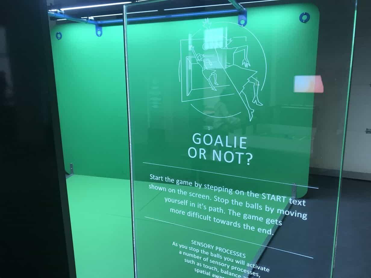 Goalie or not at move and play exhibition