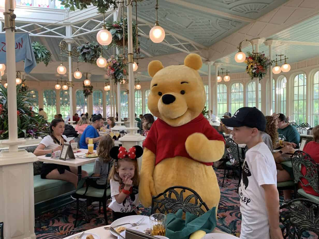 meeting winnie the pooh at crystal palace magic kingdom Disney world
