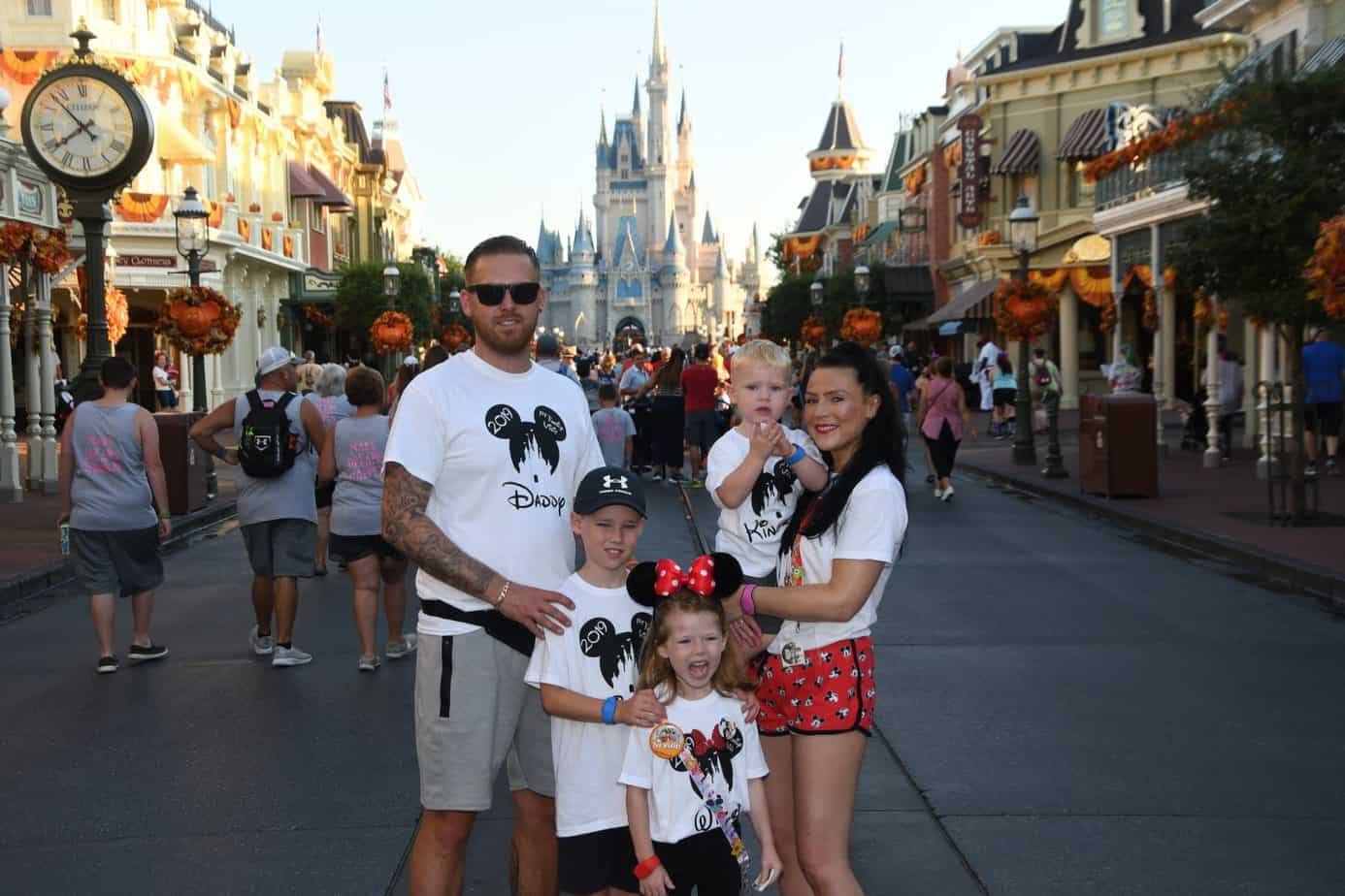 photo pass photo infront of cinderellas castle in magic kingdom Disney world