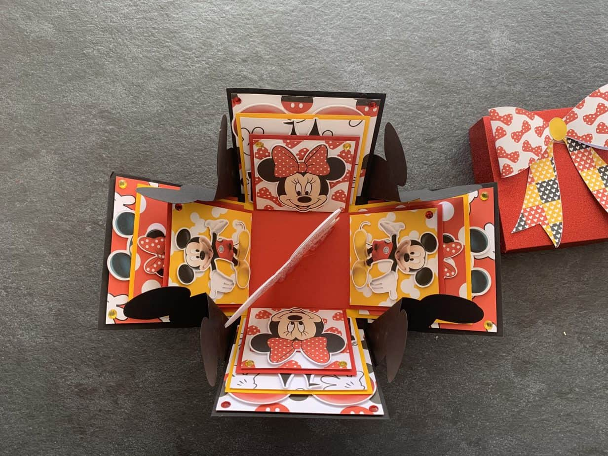 exploding Disney reveal box for the kids