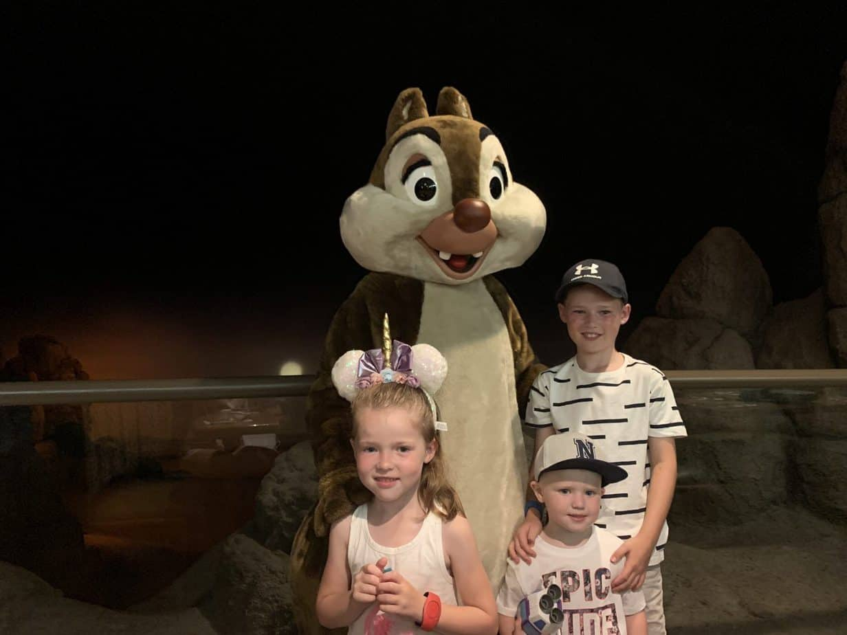 Kids with Dale at Garden grill Epcot