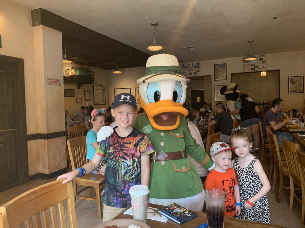 Meeting Daisy Duck at Tusker House in Animal Kingdom