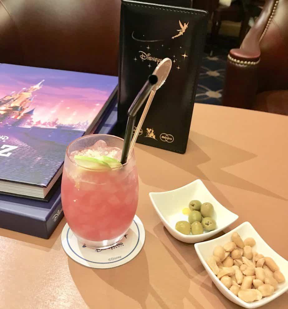 Drinks at Captain Quarters At Newport Bay Hotel Disneyland Paris