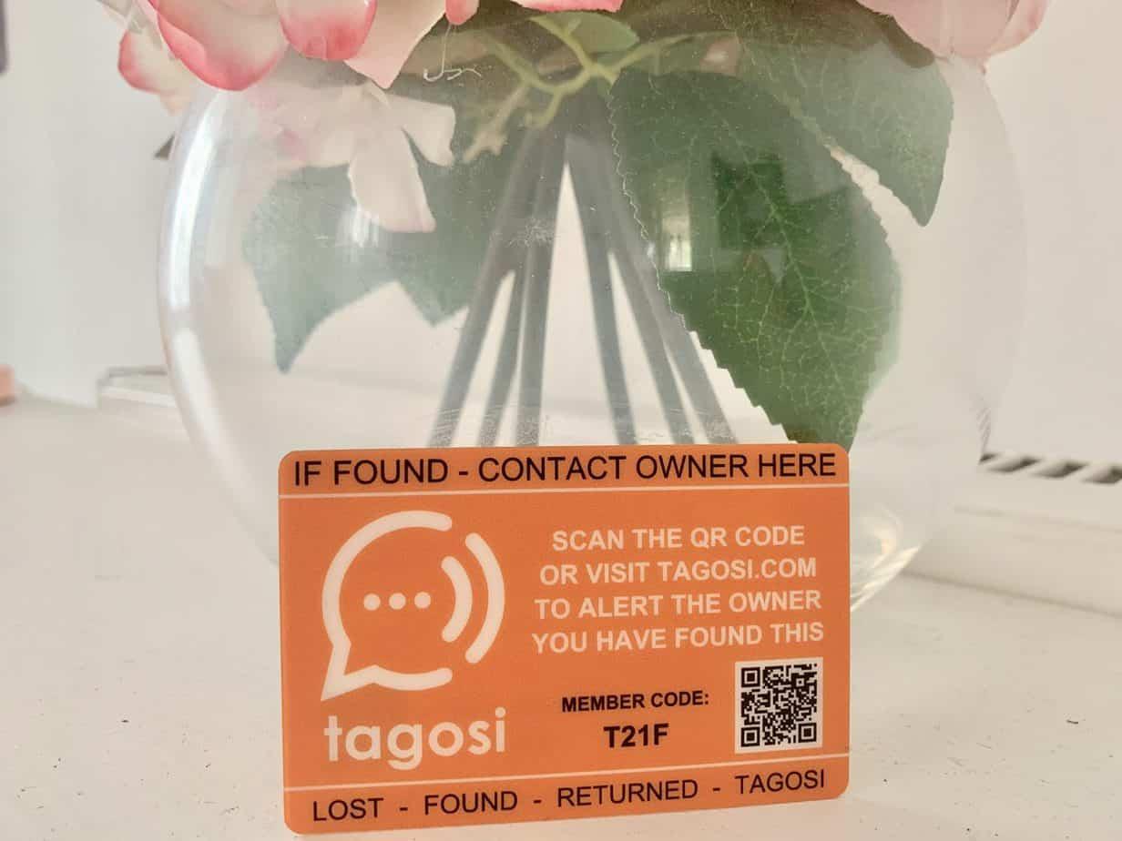 Tagosi Card keeping your belongings safe with Tagosi