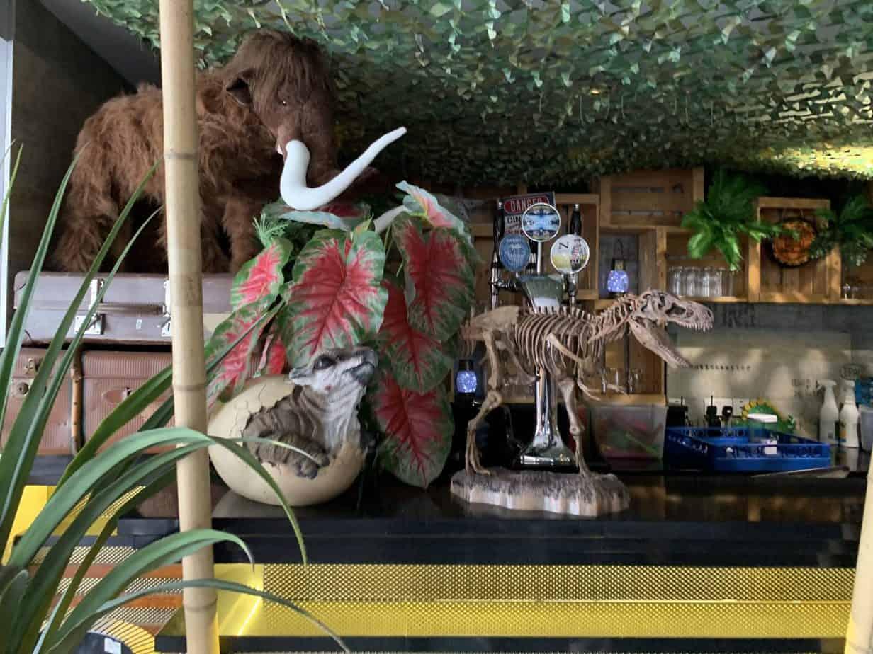 jurassic grill dinosaur themed restaurant