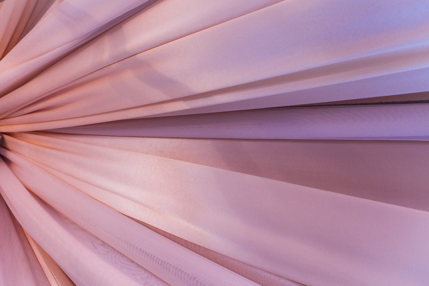 Curtain fabric in blush pink - what are the best textile and fabric related start ups