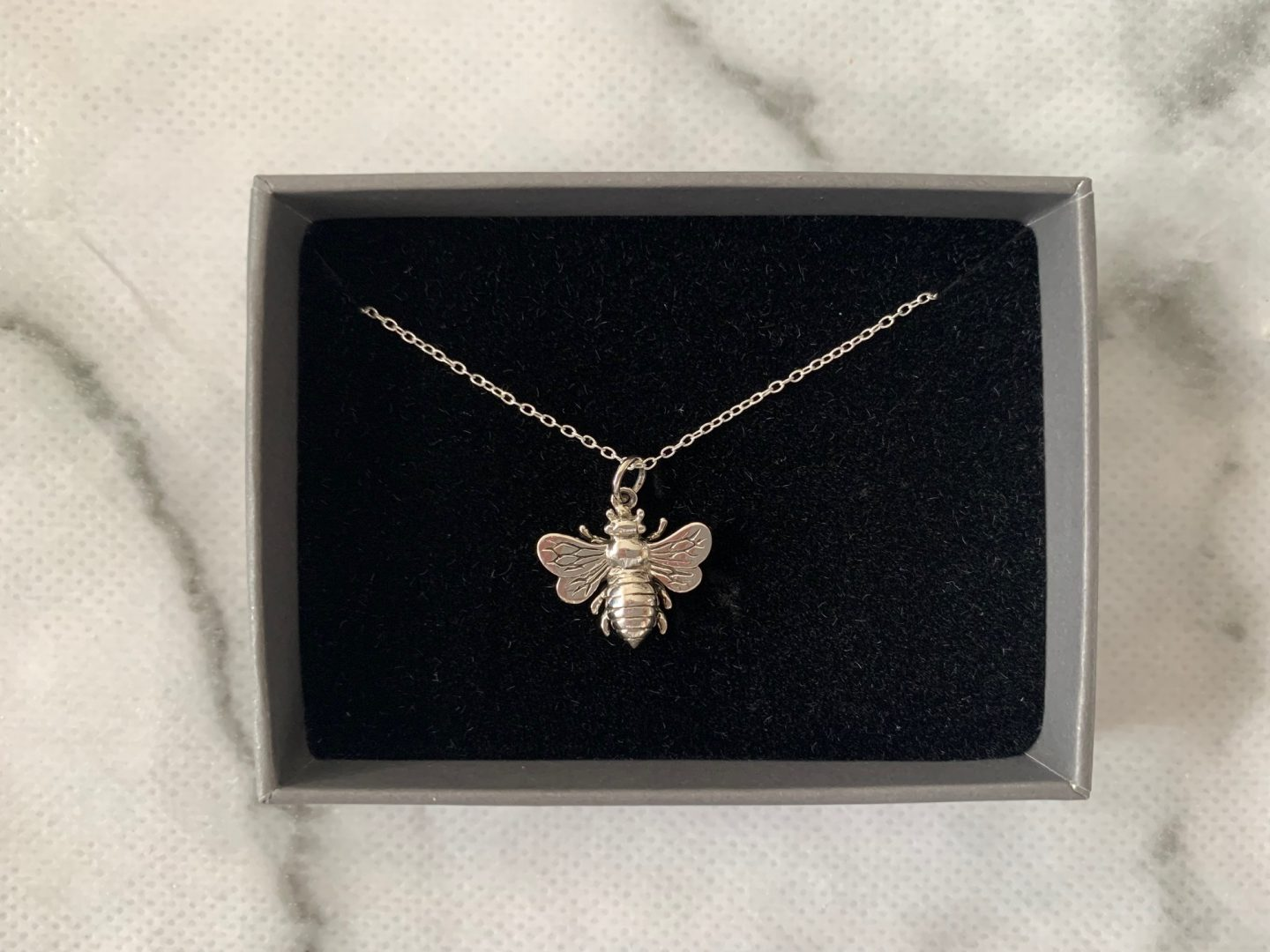 silver bumble bee necklace review