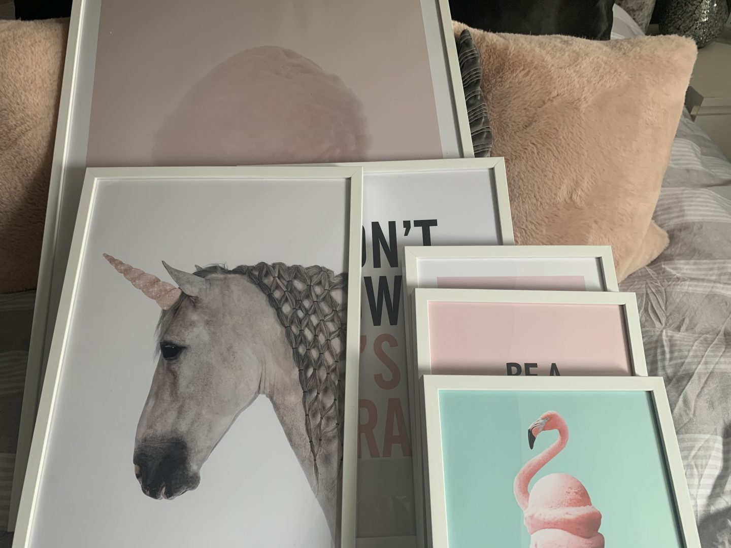 selection of wall art prints for my daughters room
